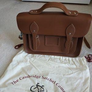 "13"" Classic Leather Cambridge Satchel in Brown"
